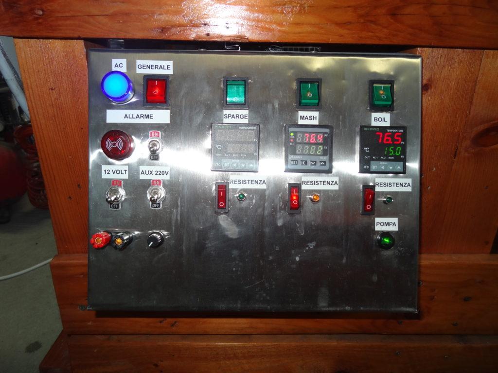 Quadro elettrico in acciaio